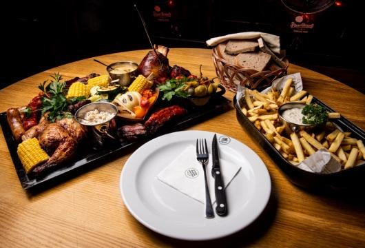 Essen und trinken so viel wie Sie können in der Tschechischen Republik: Pilsen