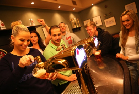 Beer Tapping School in the Czech Republic: Pilsner Urquell