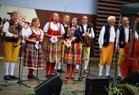 Festivals in der Tschechischen Republik: Chodenfest, und St.- Laurentiusfest und Kirchweih