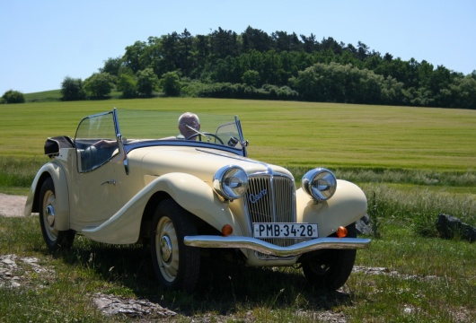 Classic Car Tour in the Czech Republic: Pilsen Region - AERO