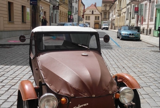 Classic Car Ride and Driving in the Czech Republic: Pilsen City - VELOREX 350