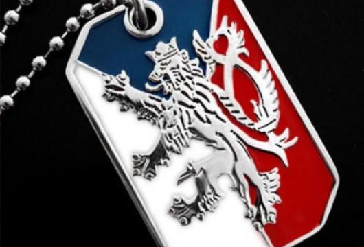 Vlajka České republiky s dvouocasým lvem: unisex náhrdelník typu psí známka