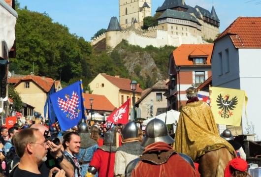 Festivals in der Tschechischen Republik: Burg Karlstein Weinernte & Festspiele