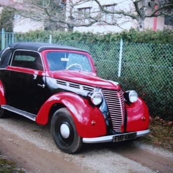 Classic Car Ride in the Czech Republic: Pilsen City - FIAT