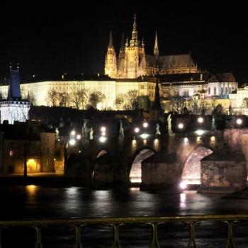 Romantik Erlebnis in Tschechien: Prag bei Nacht